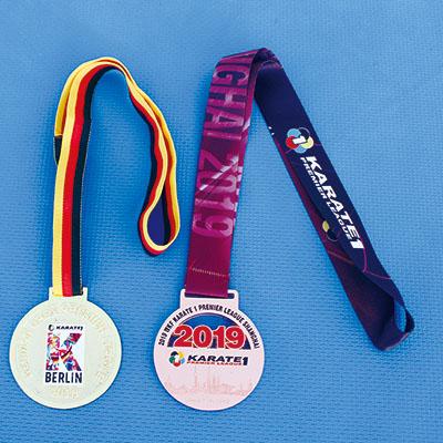 崎山さんメダル