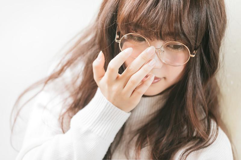 眼鏡の女の子